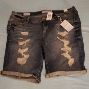 Boyfriend Bermuda Jean Shorts.